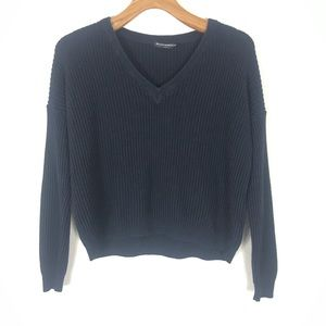 Brandy Melville cropped sweater v neck